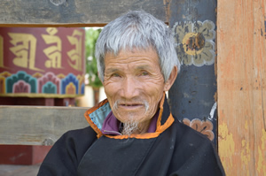 Alter Mann in Bhutan